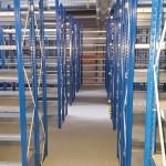 Rafturi Metalice pentru Depozit / Service / Magazie Marca Allclick Dimensiuni H 4500 /L 1000 /A 450 mm Sistemul de Rafturi pe etaje cu o înălțime max de 4.5m, înălțimea poate fi adaptată în funcție de cerințele dumneavoastră